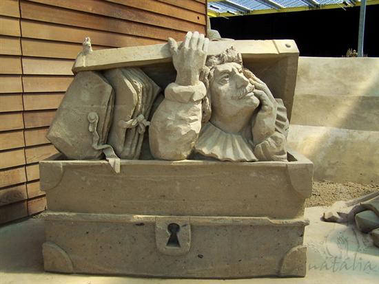 Amazinng sand sculptures 6