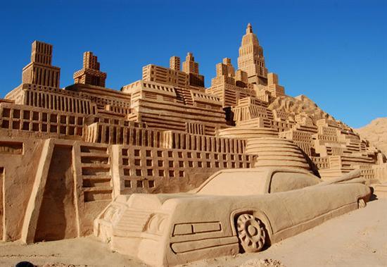 Amazinng sand sculptures 7
