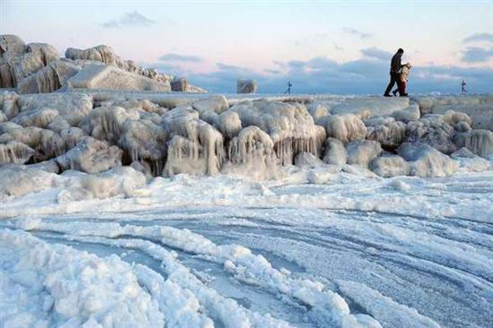 Coolest Pictures Of Frozen Waters 2