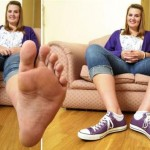 Emma-Cahill-big-feet-1