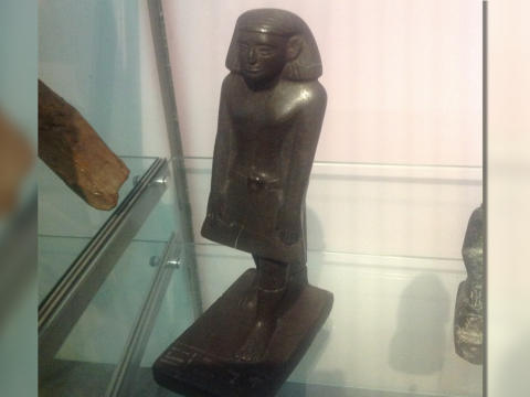 Egyptian Statue Moves 2