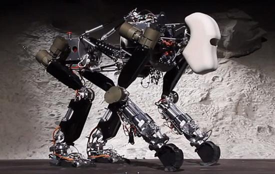 RoboApe 5