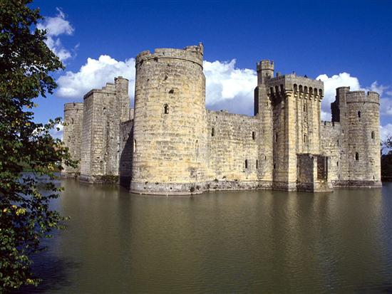 Bodiam castle in east sussex england images 100