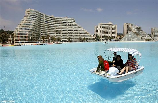 biggest swimming pool inthe world 4