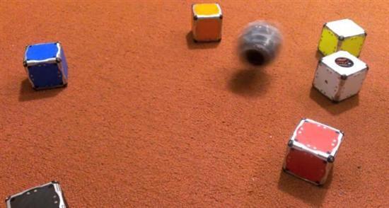self-assembling-robot cubes 7