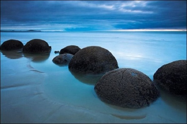 moeraki-boulders-7