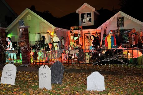 Best Halloween Themed House Decorations  Trends 2014  Part 3 - Best House Decorations For Halloween