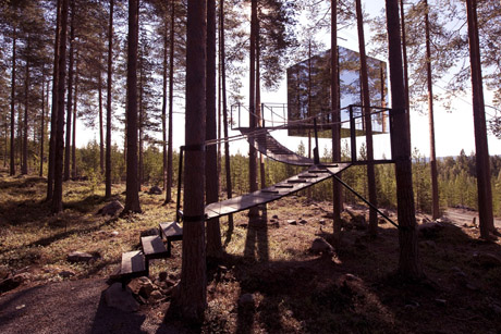 Tree Hotel Mirrorcube ext