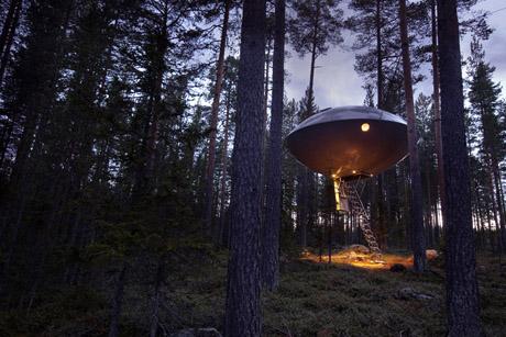 Tree Hotel - UFO ext