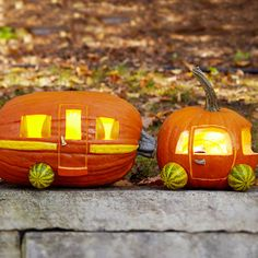 car camper pumpkin