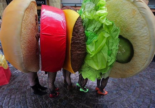 group cheeseburger