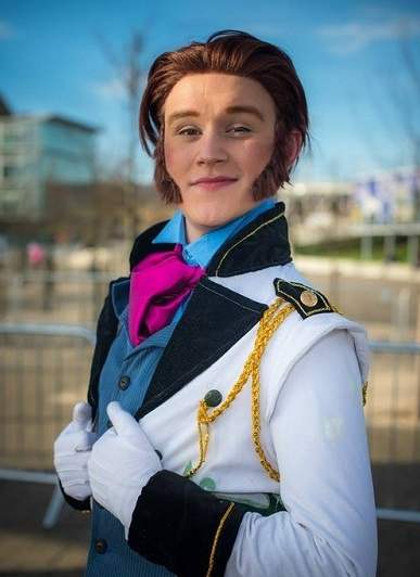 hans frozen costume41