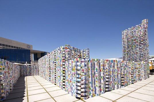 Milk Cartons Castle 2 - Spain - 2010