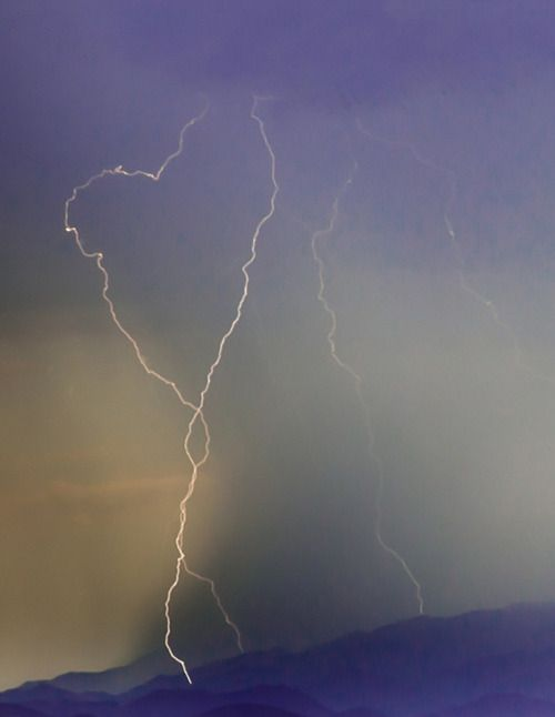 lightning heart shape