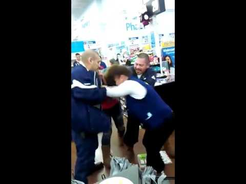 Black friday cat fight