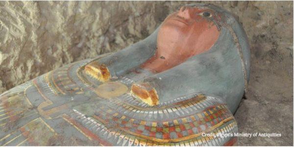 3000 years old mummy Egipt 600x301