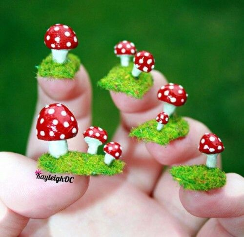 Mushrooms nail art design