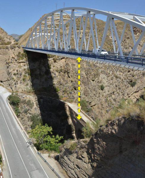 bridge bungee jump 489x600