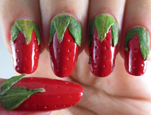 strawberry nail art design 600x456