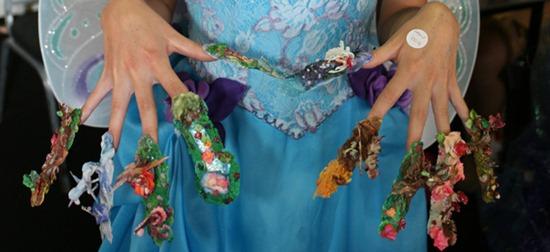 wonderland nails art design
