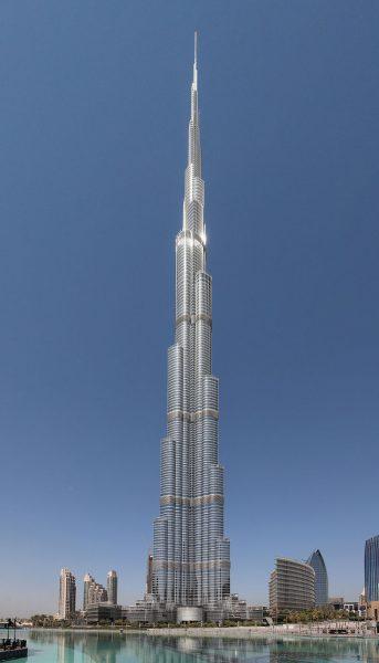 Burj Khalifa climbing by Alain Robert 343x600
