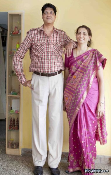 tallest family from india pune 380x600