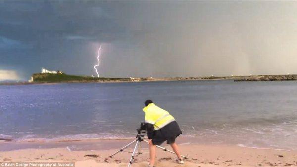 brian skinner struck by lightning 600x339